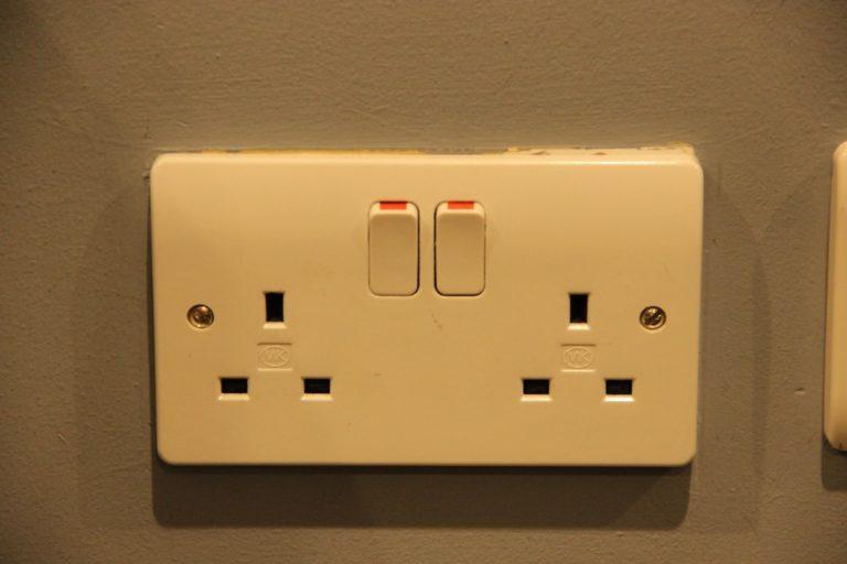 elektrické zásuvky v Irsku