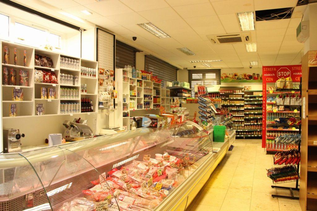 f079d37d32 ... obchodech najdete věci i z České republiky ke koupi jsou v některých  zejména v těch větších i potraviny ze Slovenska